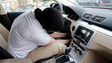 Sprawdź, czy samochód nie był kradziony