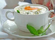 Jajka ze szczawiem w kokilkach - ugotuj