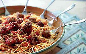 Spaghetti z pulpetami