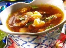 Zupa z wieprzowiny i krewetek - ugotuj