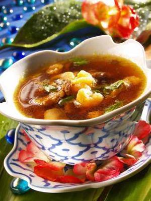 Zupa z wieprzowiny i krewetek
