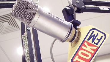 Mikrofon w studiu Radia TOK FM