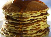 Pancakes z syropem klonowym - ugotuj