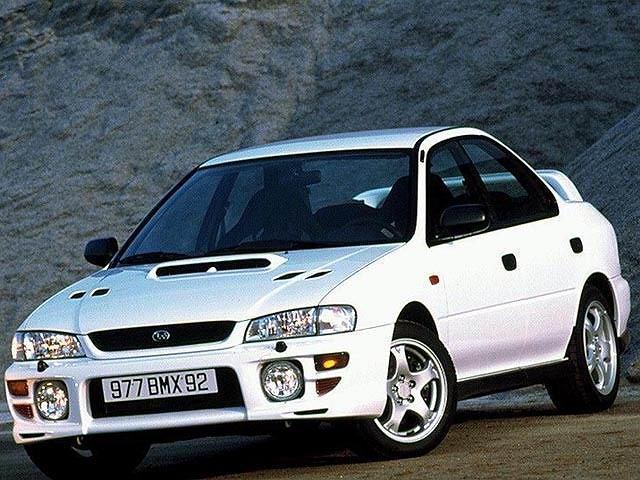 W 1992 roku fabrykę opuściła pierwsza Impreza WRX. Auto było przeznaczone jedynie na japoński rynek. Kultowe Subaru napędzało 2-litrowy turbodoładowany silnik o czterech przeciwsobnych tłokach i mocy 240 KM. W Europie auto zadebiutowało dwa lata później pod nazwą Impreza Turbo. Europejska wersja była wyposażona w 208-konny silnik, poprawione zawieszenie i ABS.