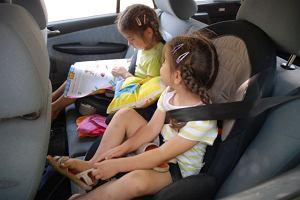 Fotelik samochodowy | Zapnij dziecko w foteliku