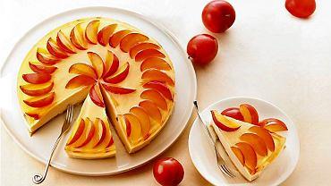 Tort śliwkowy bez pieczenia