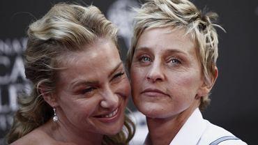 Daytime Emmy Awards to gala rozdania nagród, na której co roku zjawia się masa osobistości telewizyjnych. W tym roku najchętniej fotografowane były Ellen Degeneres i jej żona Portia de Ross. Bez problemu można rozpoznać, która z nich pełni w tym związku rolę mężczyzny...