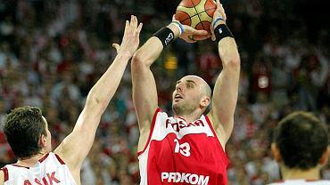 Marcin Gortat (Polska) w meczu z Turcją podczas EuroBasketu