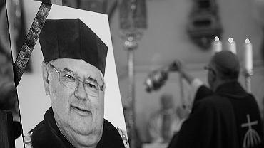 Msza św. w intencji rektora UKSW ks. prof. Ryszarda Rumianka