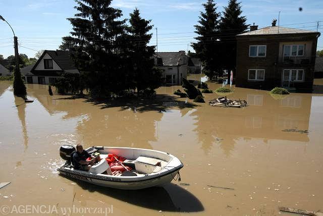 Sandomierz, kolejna fala zalewa niżej połóżone części miasta