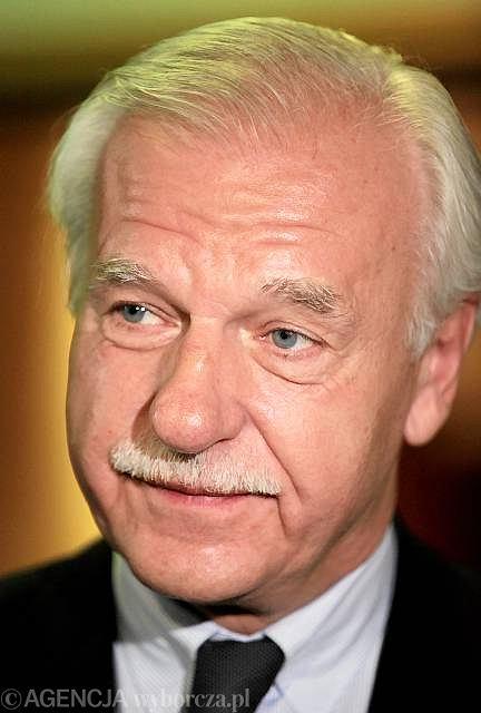 Andrzej Olechowski podczas procesu lustracyjnego, Warszawa 2010 r.