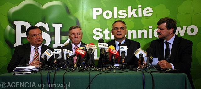 Adam Struzik, Michał Bożko, Waldemar Pawlak, Jarosław Kalinowski podczas konferencji prasowej po posiedzeniu Rady Naczelnej PSL