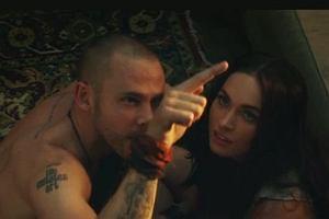 Megan Fox w klipie Eminema