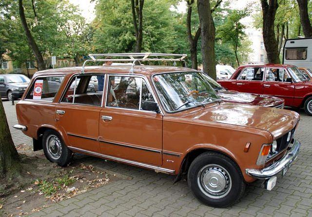 Samochody zabytkowe na Pradze
