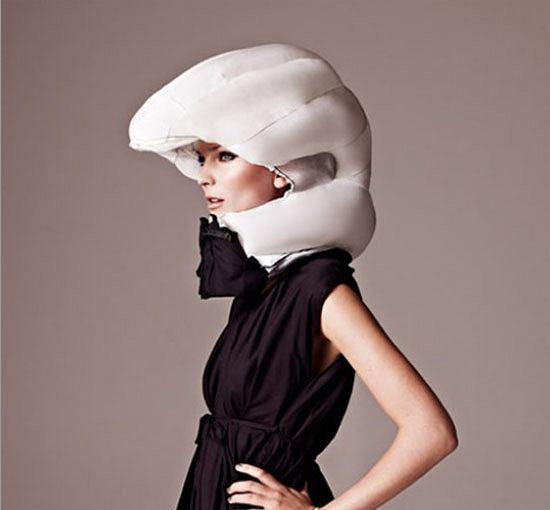Hovding helmet