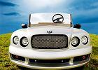 Rolls wśród wózków golfowych