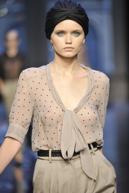 Ready to wear Spring Summer 2011  Jason_Wu  New York _  September 2010  PHOTO: EAST NEWS / ZEPPELIN