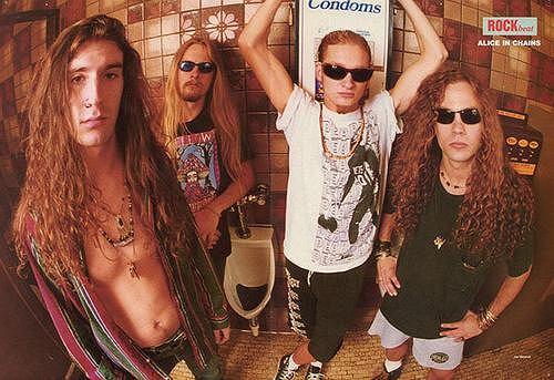Alice In Chains (Mike Starr pierwszy z prawej)