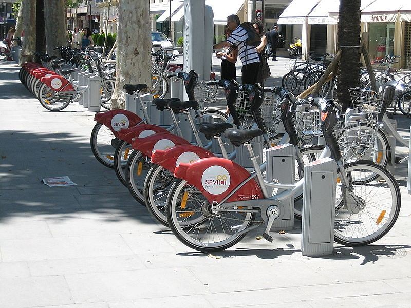 Wypożyczalnia rowerów w Sewilli - system Sevici