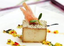 Tofu marynowane w sosie sojowym i imbirze podane - ugotuj