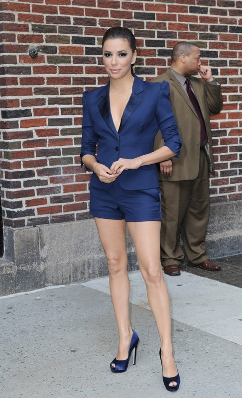 April 4, 2011, New York, New York, USA: Eva Longoria steps out the stage door after taping her appearance on the David Letterman show.  ///Eva Longoria. Credit: Andrea Renault / Polaris