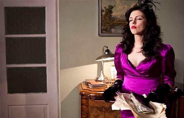 Rozpoczęły się zdjęcia do czwartej części serialu 'Czas honoru' . Karolina Gorczyca wciela się w serialu w rolę Rudej, która zabije konfidenta. Scena ma być bardzo dramatyczna.