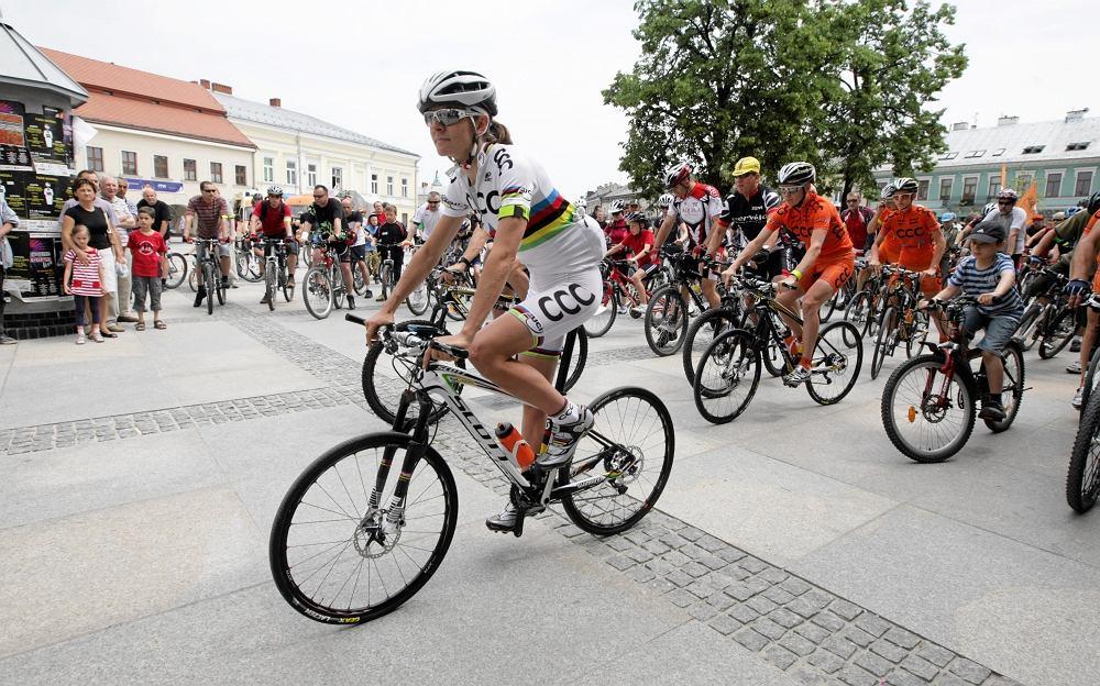 'Polska na rowery' w Kielcach z Mają Włoszczowską