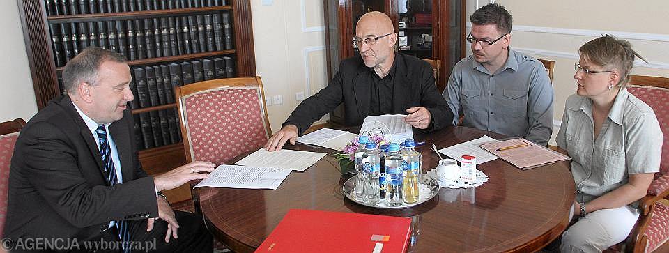 Spotkanie dziennikarzy z marszałkiem Schetyną