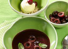 Zupa z czereśni z lodami waniliowymi i prażonymi migdałami - ugotuj