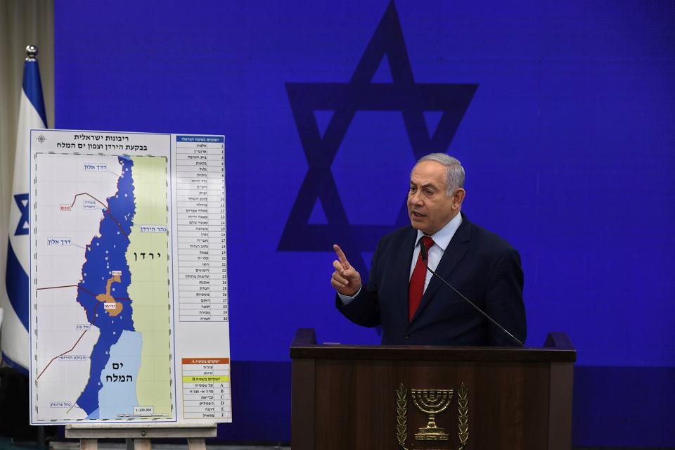 Premier Benjamin Netanjahu podczas konferencji prasowej w Tel Awiwie, 10 września 2019 r.