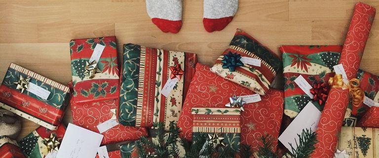 Prezent na święta. Co najczęściej kupujemy i ile wydamy w tym roku?