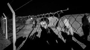 12-letni kurdyjski chłopiec w tureckim obozie dla uchodźców. Zdjęcie Roku, główna nagroda dla Macieja Moskwy w Ogólnopolskim Konkursie Fotografii Prasowej Grand Press Photo 2015