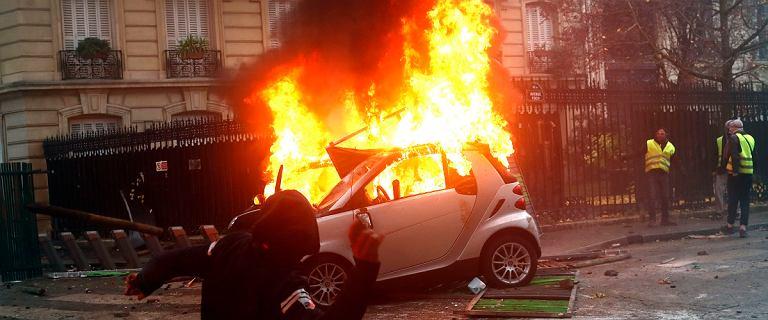 Paryż gotowy na kolejny weekend z ''żółtymi kamizelkami''. 400 zatrzymanych