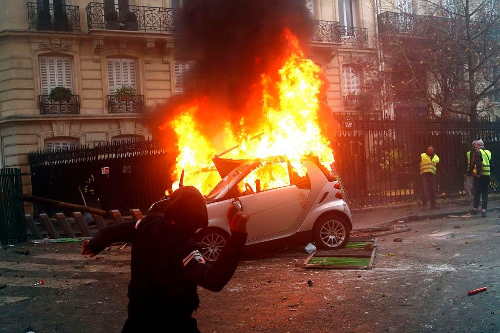 Znalezione obrazy dla zapytania obrazy paryż 08.12.2018