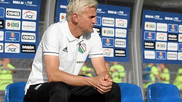 Trener Jacek Magiera podczas meczu 1/16 finału Pucharu Polski pomiędzy Wisłą Puławy i Legią Warszawa
