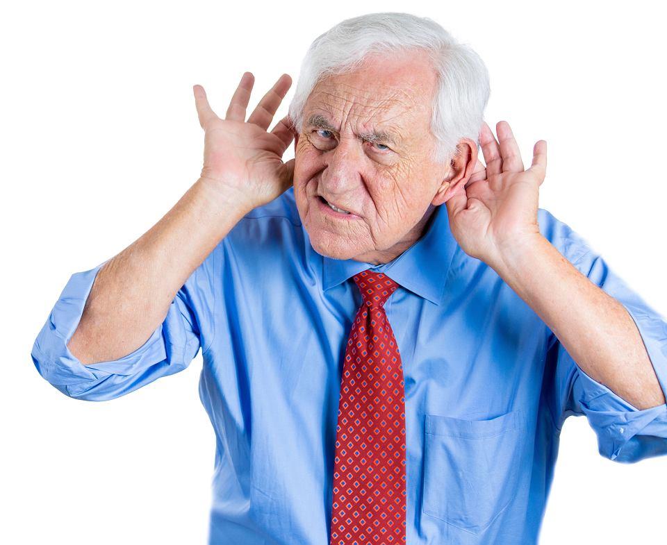 Słuch. 'Co mówisz?', 'Przepraszam, możesz powtórzyć?'. Jeśli zbyt często zadajesz takie pytania, możesz mieć problemy ze słuchem