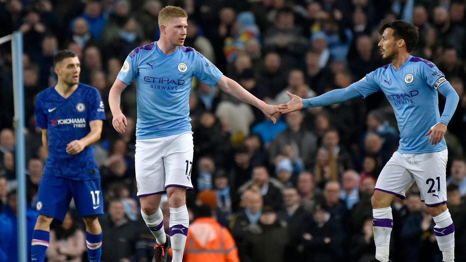 Manchester City wygrał w hicie Premier League. Liverpool triumfuje po golu w końcówce Piłka nożna - Sport.pl