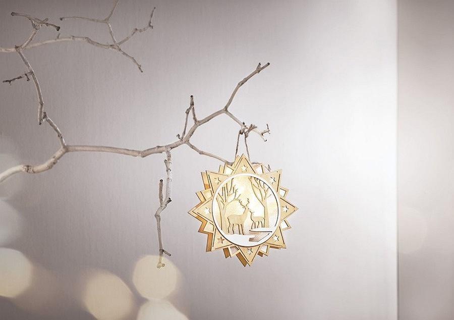Drewniana gwiazda z podświetleniem ze świątecznej kolekcji marki Lidl - MELINERA,