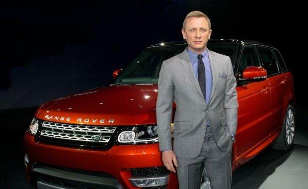 Daniel Craig i Range Rover