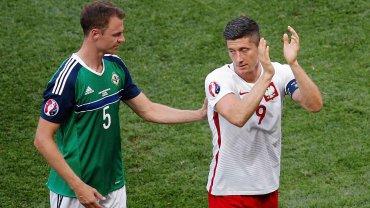Polska - Irlandia Północna 1:0. Jonny Evans i Robert Lewandowski