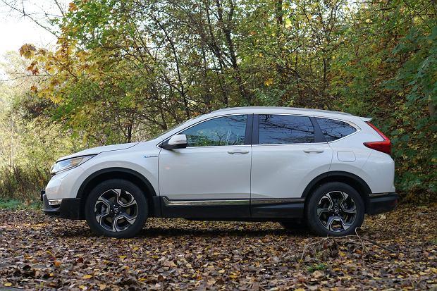 Opinie Moto.pl: Honda CR-V Hybrid. Sprawdziliśmy, jak działa hybryda w SUV-ie Hondy