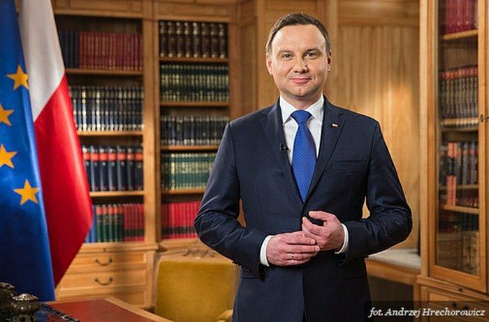 Andrzej Duda przed wygłoszeniem orędzia