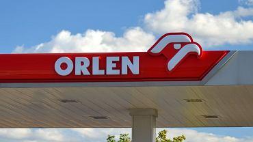 W tym roku Orlen planuje rekordowe inwestycje i dodatkowo przejęcia Ruchu, Energii i Lotosu. A zysk netto koncernu drugi rok z rzędu spada.