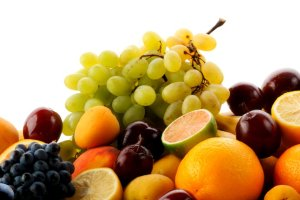 Czy dzięki owocom można stracić zbędne kilogramy?