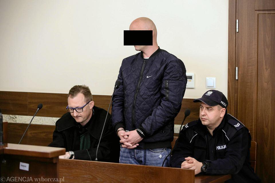 Sąd Okręgowy w Kielcach, 16.04.2019, proces Daniela S. i jego żony, oskarżonych o przywiezienie 30 kg marihuany z Hiszpanii