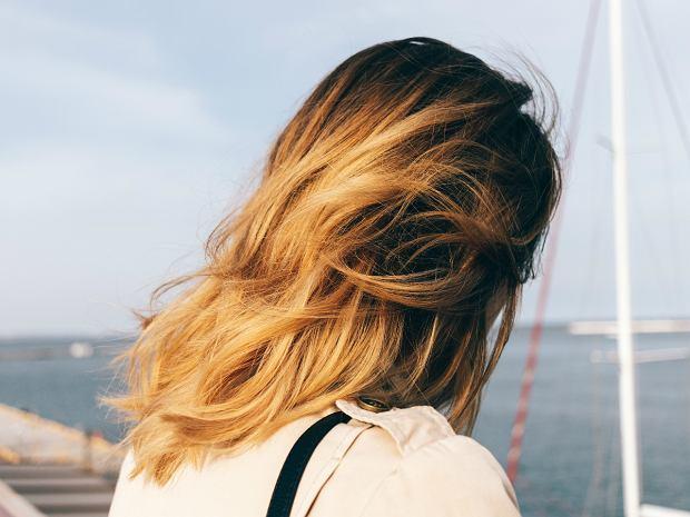 Modne fryzury półdługie ombre