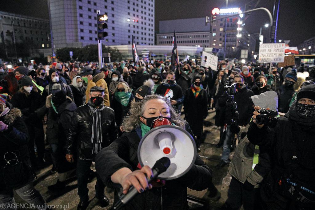 29.01 Warszawa, rondo Dmowskiego. Trzeci dzień protestów po opublikowaniu wyroku TK. Na zdj Marta Lempart