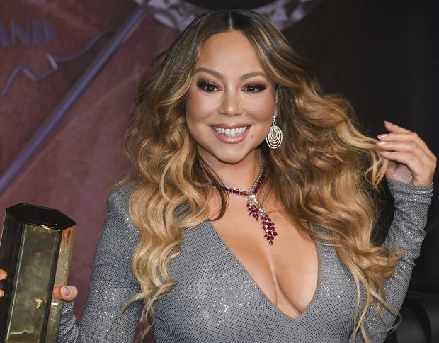 4Mariah Carey zapala ?wiat?a na Empire State Building