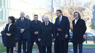 Politycy podczas 10. rocznicy katastrofy smoleńskiej