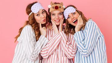 Piżama damska - dobrze dobrana zapewnia nam odpowiedni komfort snu. Zdjęcie ilustracyjne, Dean Drobot/shutterstock.com